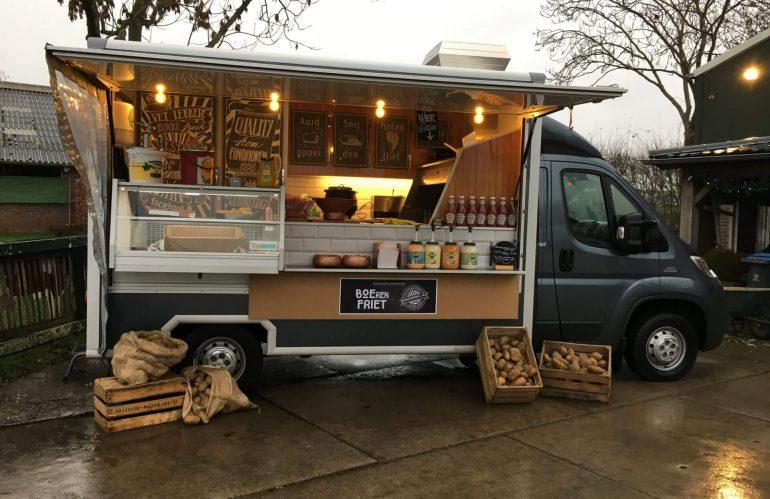 Een frietwagen boeken bij Snackmobiel