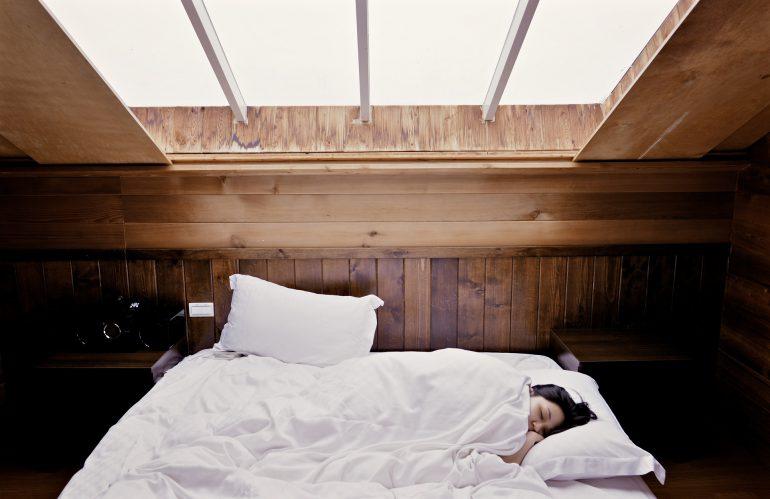 6 gouden tips om makkelijk in slaap te komen