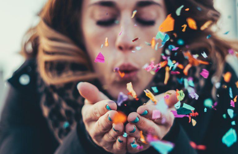 4 ideeën om iemand te verrassen die 50 wordt