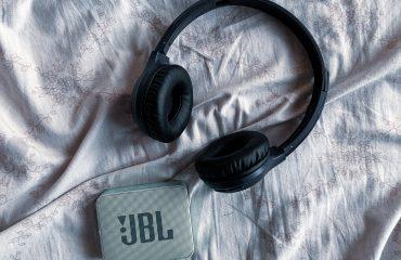 bluetooth oordopjes van JBL